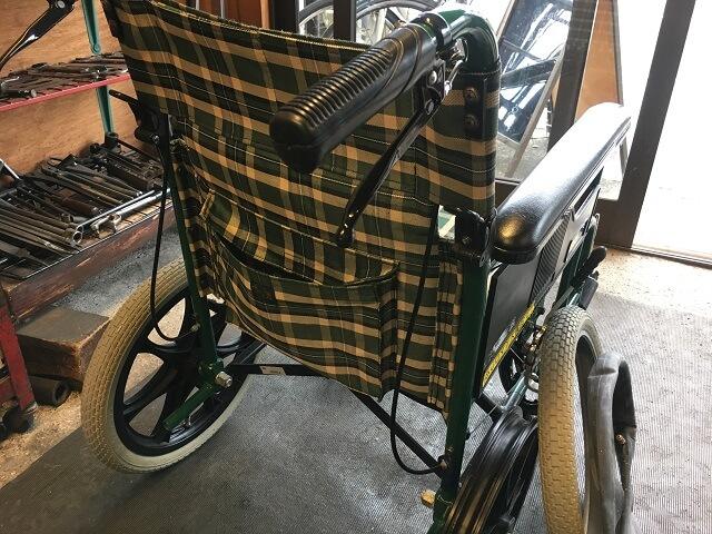 車いすのタイヤ交換