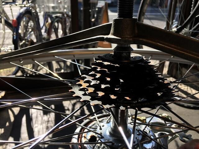 自転車ホイール手組ハブセンター確認ギヤ側