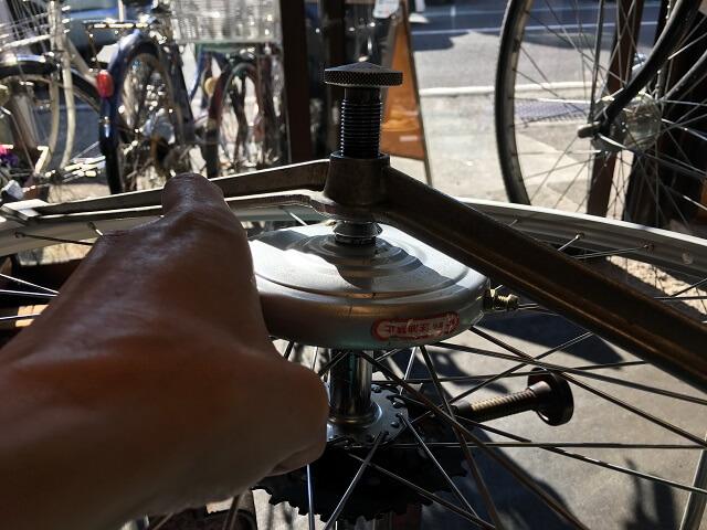 自転車ホイール手組センター確認ブレーキ側