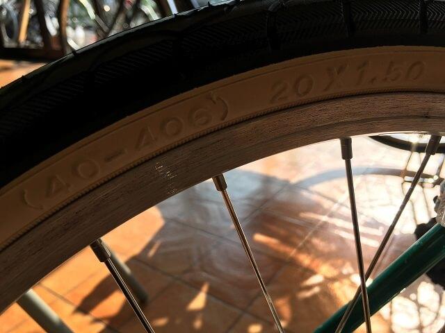 自転車タイヤサイズ見方 20インチ406サイズ
