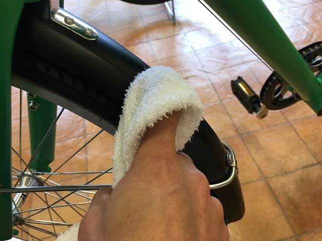子供用自転車掃除のコツ ドロヨケ乾拭きアッソンJ24