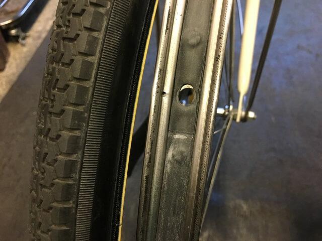 ママチャリ自転車リムテープのよじれ確認