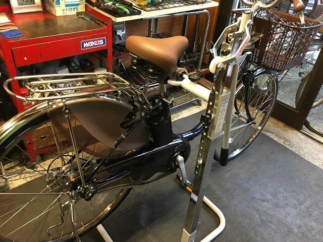 コスナサイクル メンテンナンスルーム電動アシスト自転車用修理台