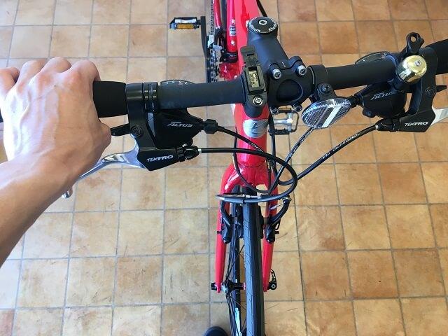 クロスバイクハンドルの曲がりを直す