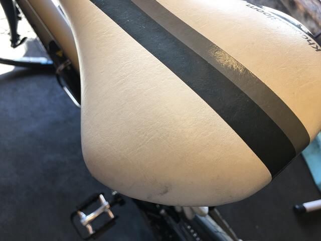 マット塗装自転車の他サドルの汚れ落しにも