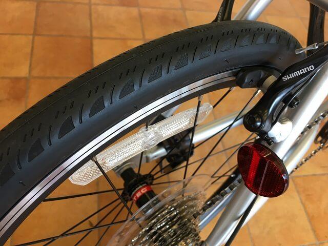 コーダーブルーム2019レイル20 406サイズ20×1.5タイヤ