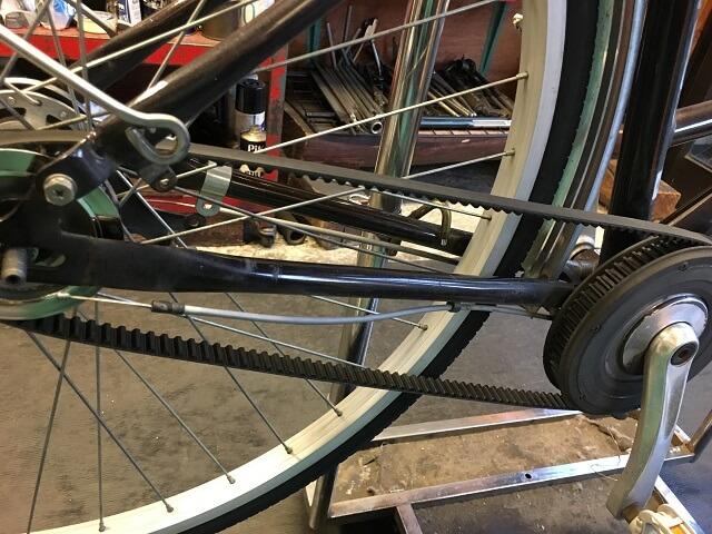 ベルト自転車のベルトはめ込み完了