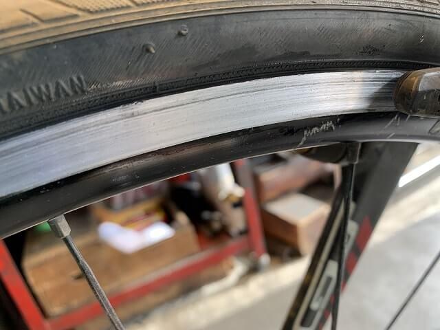 自転車リムの汚れが落ちた