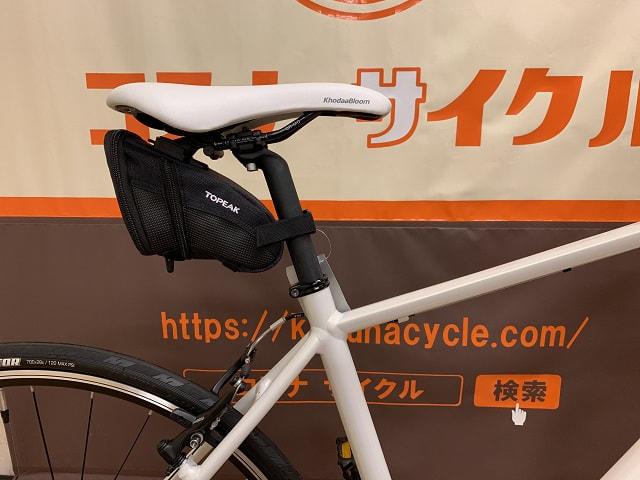 トピークサドルバッグ エアロウエッジのサイズMをクロスバイクに取り付ける