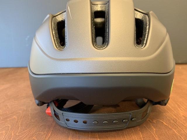 OGK KOOFU BC-Viaヘルメット後部
