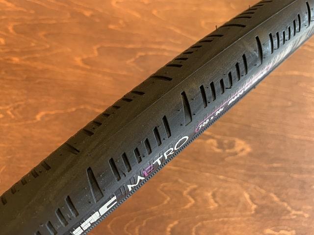 IRCメトロタイヤ700×28 タイヤパターン
