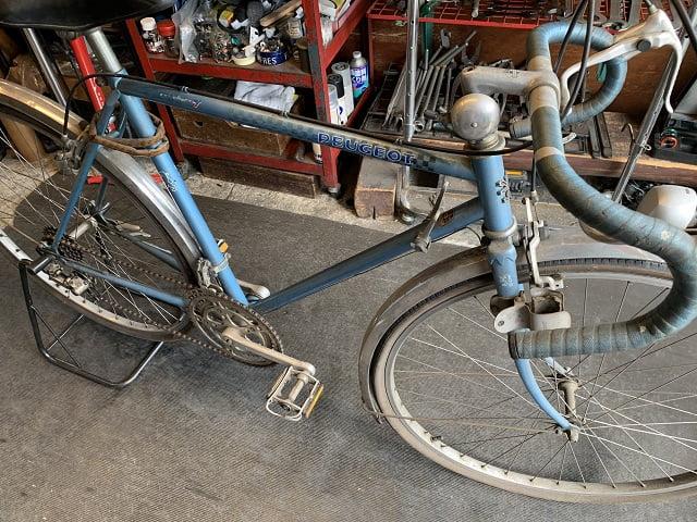 約40年前のフランス製プジョーランドナー自転車サイクルクリーニング前