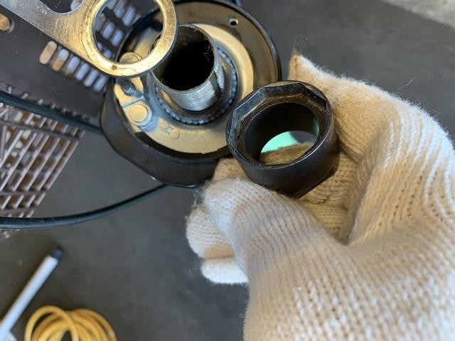 ビビDX電動アシスト自転車のスタぴた内部のベアリング調整ネジに使う専用工具