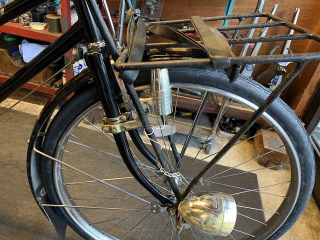 約25年前の実用車ミヤタワーカーの前輪部分もサイクルクリーニングでピカピカ