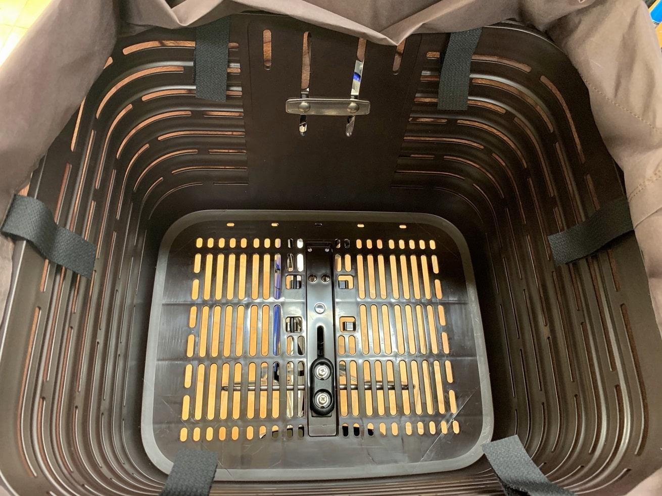 ビビDX前カゴ内側6か所を固定する