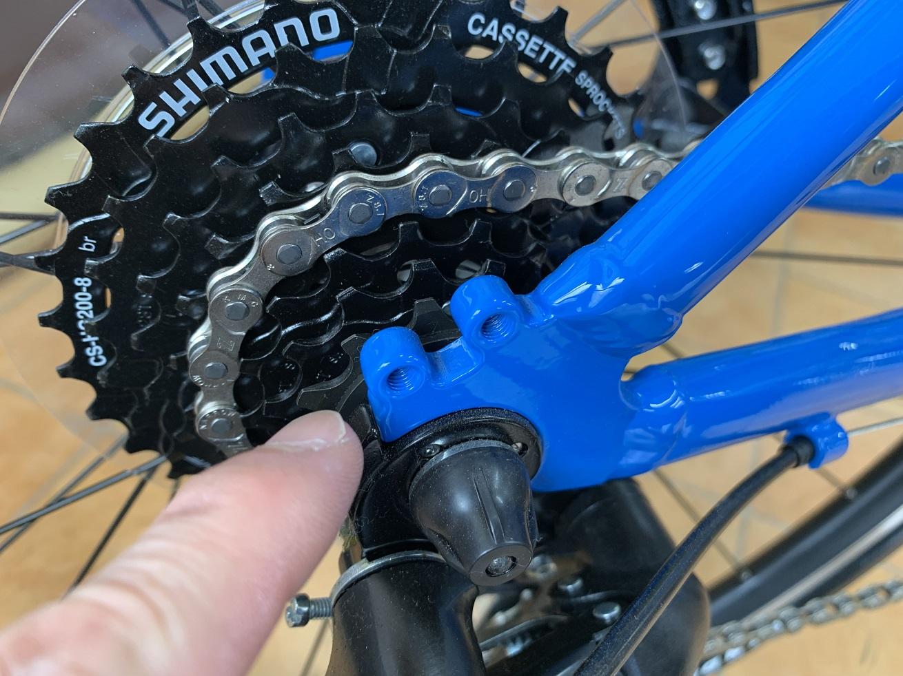 クロスバイクフェンダー取付時のチェック項目「リアエンドダボ穴」
