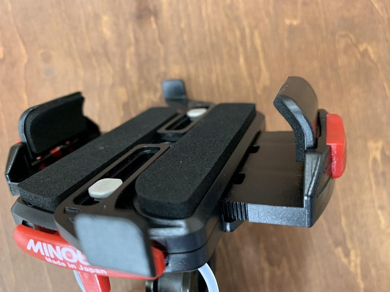 自転車スマホホルダー「ミノウラiH-520-STD」サイド高い状態