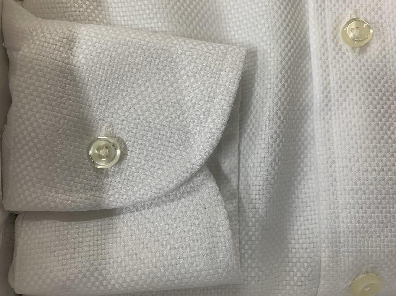 プリンシプルオーダーシャツの右側袖部分