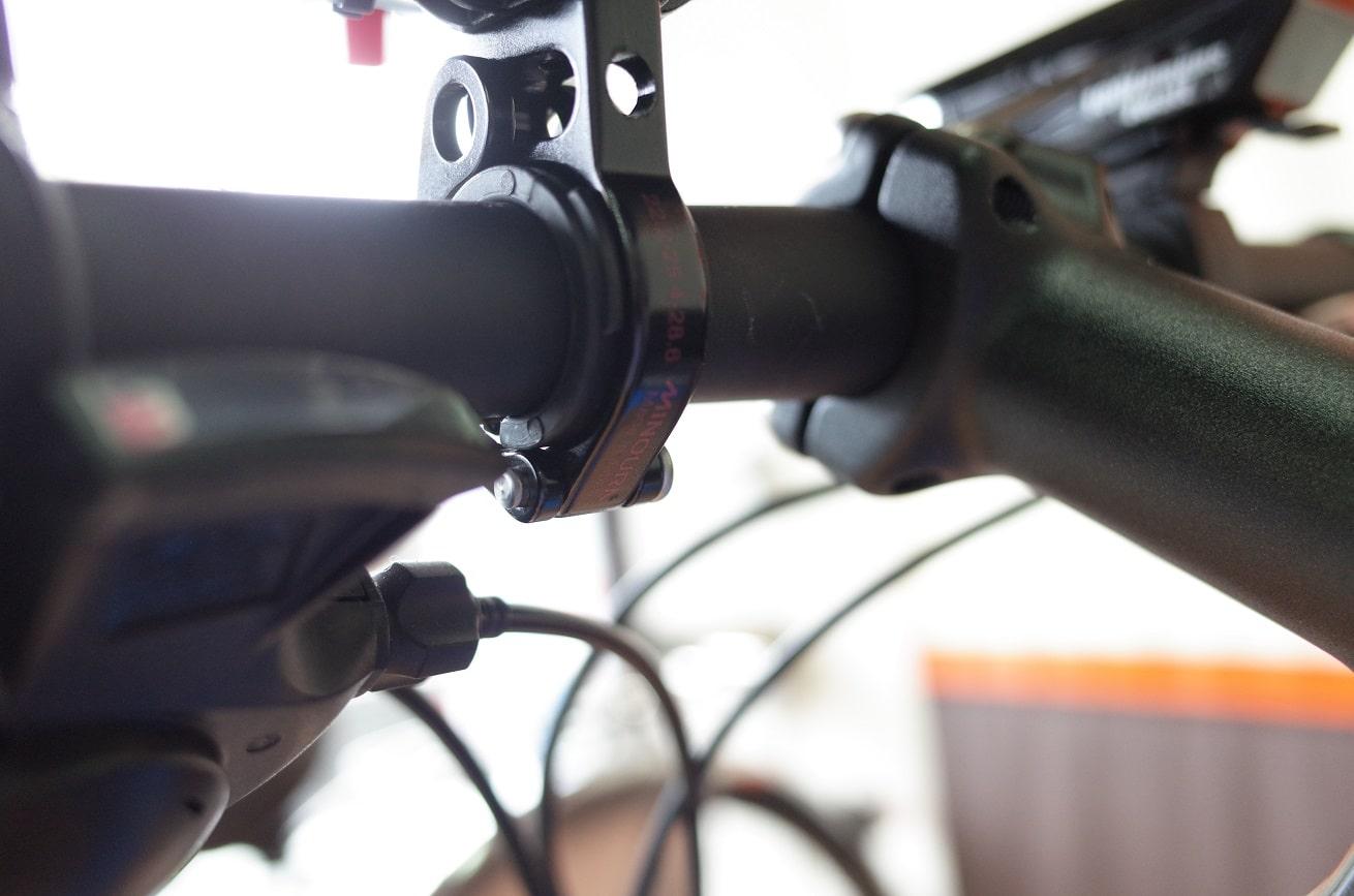 自転車スマホホルダー「ミノウラiH-520-STD」ハンドル取付クランプ