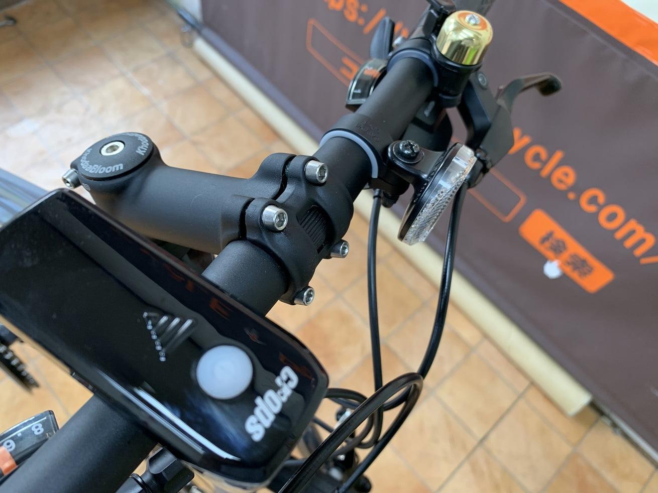 RAIL ACTIVEベルとLEDライト標準装備